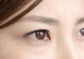 目から入る紫外線でシミが出来るのはナゼ!?
